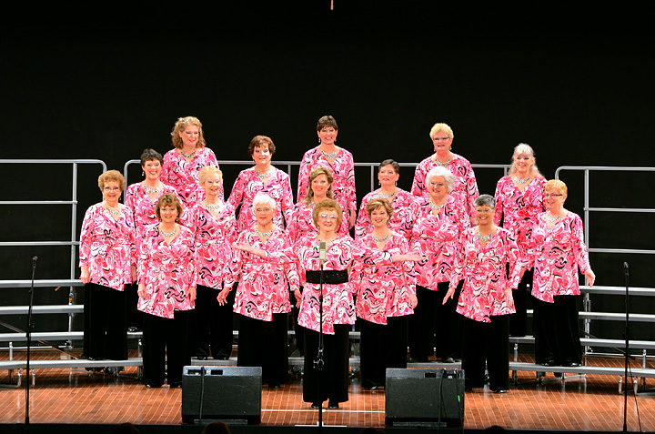 Seneca Soundwaves Chorus